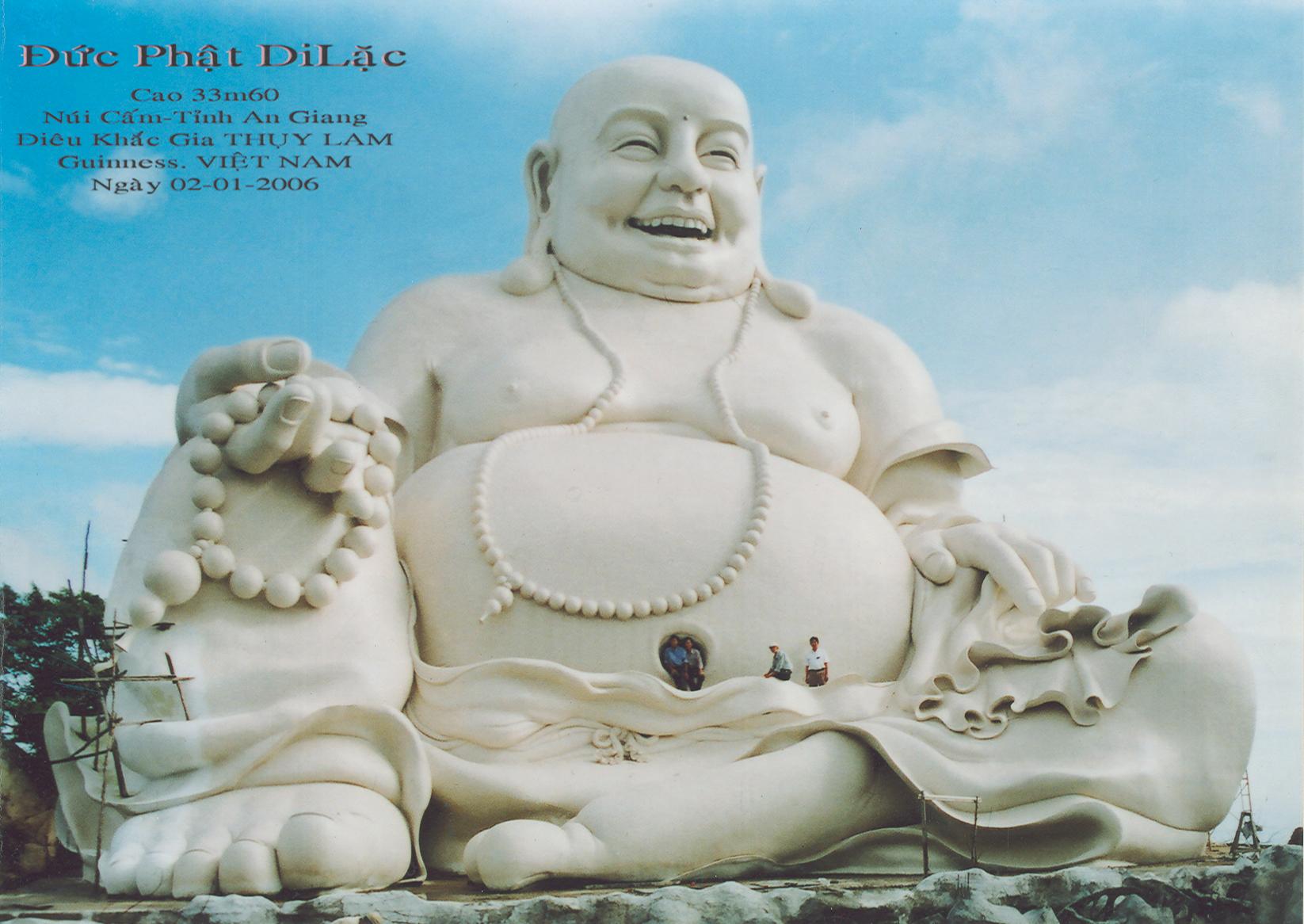 Hình Phật Di Lặc Núi Cấm